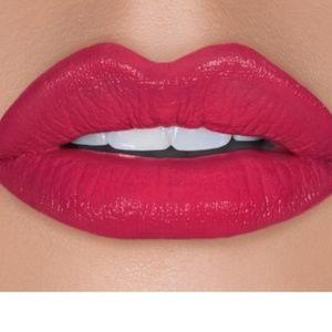 Cargo essential lipstick Punta canta